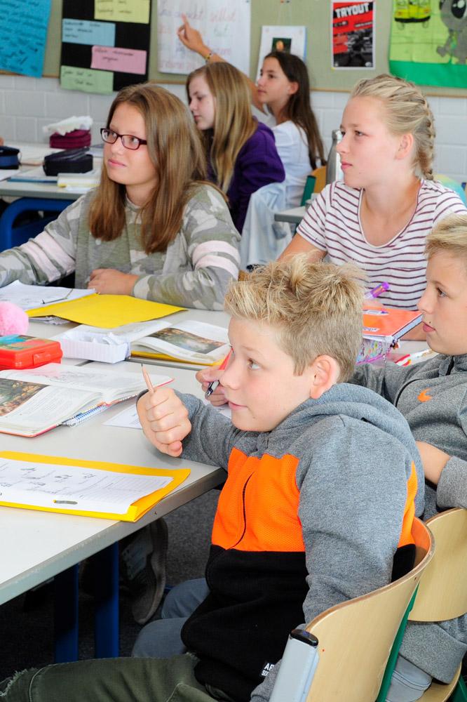 Schüler im englischsprachigen Biliunterricht
