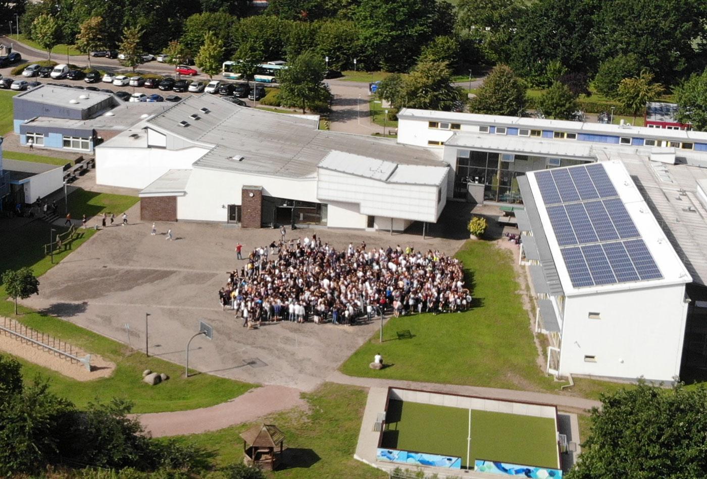 Unsere Schulgemeinschaft aus der Vogelperspektive