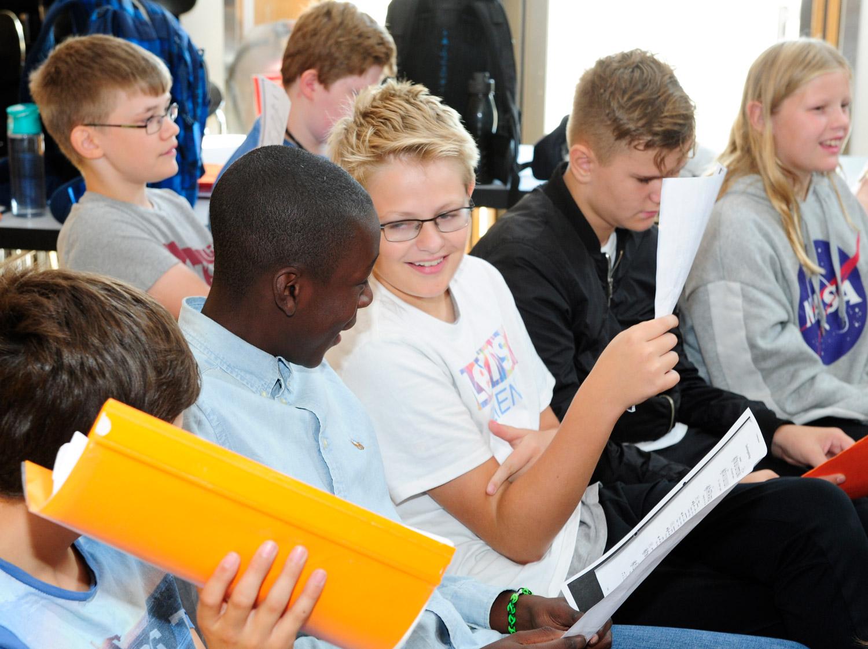 Im Musikunterricht der Erich Kästner Schule wird gemeinsam gesungen