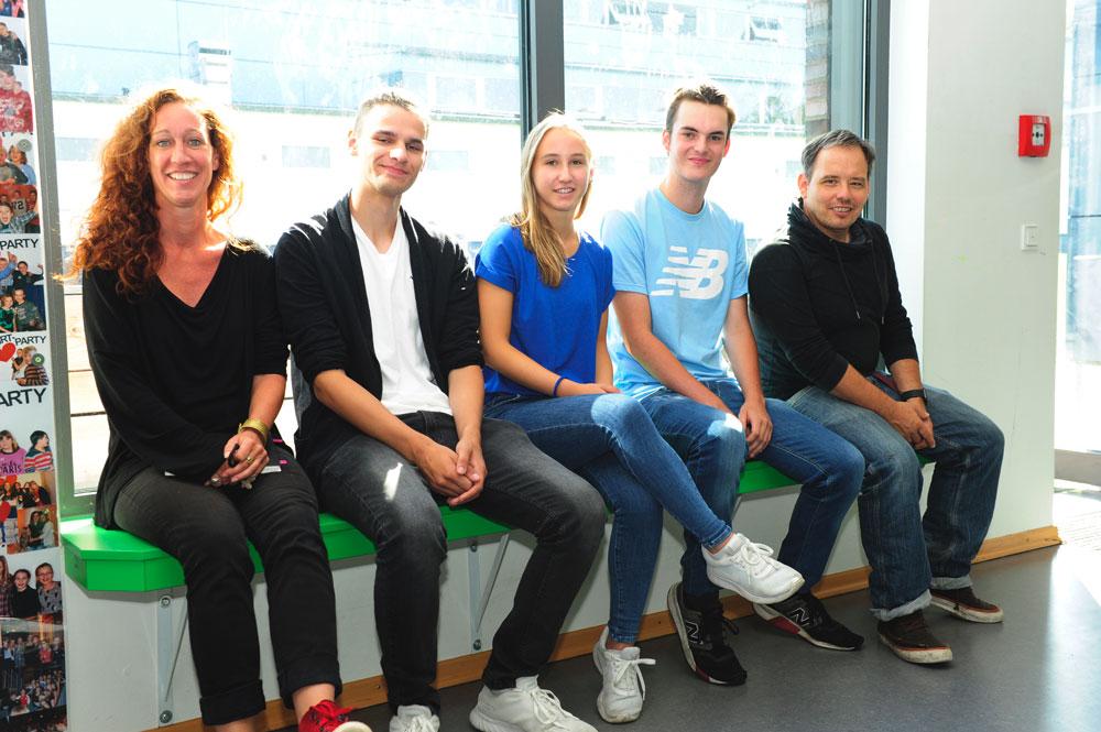 Die Freiwilligen im FSJ oder BFD bilden zusammen mit unseren Sozialpädagogen das Team für Schulsozialarbeit